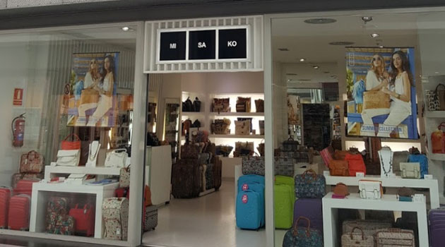 Tienda MISAKO en AireSur, Sevilla